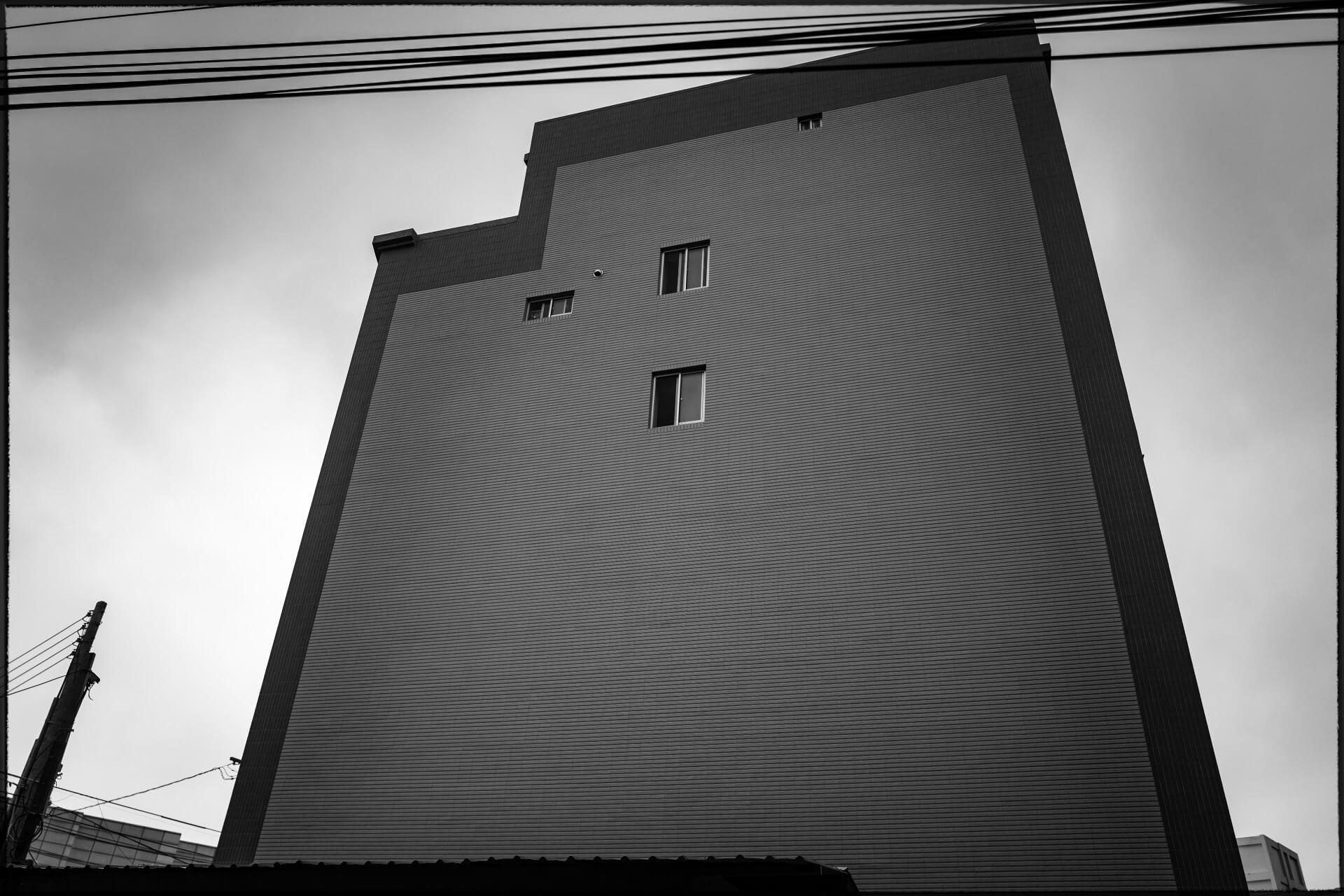 LEICA-house2